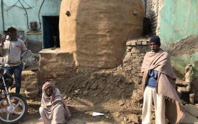 INDIA: TERUG NAAR HET AARDEWERKEN KOPJE?