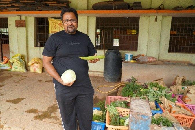 'FARMVILLE, MAAR DAN IN HET ECHT.' BIOLOGISCHE LANDBOUW IN KARNATAKA