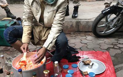 ALTERNATIEVE GENEESWIJZEN WINNEN GROND IN INDIA